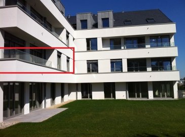 L'agence immobilière SPACEPLUS propose à la location un appartement   de 83 m2 à louer dans la Résidence MARIE. 7, rue Aline Mayrisch de Saint-Hubert, L-8096 Bertrange.  +++++ Disponible à partir de 1er janvier 2022 +++++++  ++++++COLOCATION NON ACCEPTéE++++++++  L'appartement est sis au 1er étage et il est composé comme suit :  hall d'entrée, WC séparé, une cuisine équipée et semi-ouverte, un living de 30 m2, 2 chambres à coucher de 14,53m2 chaque une, une salle de bains (baignoire, cabine de douche et double lavabo).  Sous-sol :  une place de parking, emplacement dans la buanderie commune pour un lave-linges et un sèche-linge, une cave privée de 8m2.  La résidence MARIE est située dans une rue très calme de la commune de Bertrange, qui est l'une des communes les plus recherchées, notamment pour son excellente infrastructure. Ecoles maternelles et primaires, centre culturel, restaurants, centres commerciaux