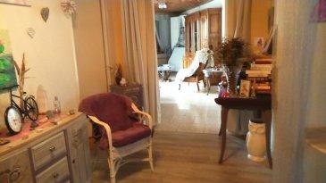 CENTRE VILLE DE FAULQUEMONT IDEAL POUR PREMIER ACHAT APPARTEMENT 4 PIECES  DE 110 M2  Entrée sur salon séjour-cuisine-wc séparé-sdb baignoire et meuble vasque avec spots et miroirs-3 chambres_cagibi-une cave. Au 2 eme étage sur deux -,copropriété de deux appartements Pout plus de renseignements contacter Eric STABLO 06 81 31 81 96