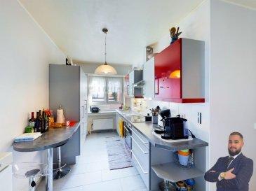 Visite virtuelle sur ce Link: https://premium.giraffe360.com/remax-partners-luxembourg/cc57c4b5d93d4c278b39917558334305/  SIMOES Michael / +352 691 680 986 / michael.simoes@remax.lu  RE/MAX, spécialiste de l'immobilier au Luxembourg, vous propose à la vente à BRIDEL un spacieux appartement de 2 chambres dans une résidence de 1976.  Très bien situé à l'entrée de BRIDEL, facile accès au bus, d'une superficie habitable d'environ 96 m² dans un très bon état, au rez-de-chaussée d'une petite résidence de deux appartements en très bon état aussi.  Elle se compose de la manière suivante : Une entrée faisant découvrir l'appartement au rez-de-chaussée avec un hall d'entrée d'env. 12 m², une pièce de vie séjour/salle à manger d'env. 40 m², une cuisine équipée d'env. 11 m² donnant accès sur une véranda fermée d'env. 5 m² avec une magnifique vue sur la forêt, une première chambre d'env. 17,5 m² et une deuxième chambre d'env. 9 m², une salle de douche d'env. 5 m² et un WC d'env. 1,5 m².   Ce bel appartement est complété par une buanderie commune, une grande cave privée d'env. 20 m², une terrasse privée d'env. 41 m², un jardin avec usage privatif, un garage et un emplacement privé.  Caractéristiques supplémentaires :  -Surface totale de l'appartement 137 m² (Surface habitable 96 m² + cave et garage) -Toit : 2016 -Résidence de 1976 -Fenêtres double vitrage -Dalles : Béton -Chauffage à Mazoute 2500 litres (chaudière Buderus 2006) -Charges trimestrielles : 190 € tous les 3 mois (électricité commune, eau) -Passeport énergétique : G/H  Disponibilité à convenir.  La commission d'agence est incluse dans le prix de vente et supportée par le vendeur. Ref agence : 5096434