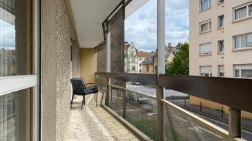 METZ SABLON - Appartement F5  135  m2 avec balcon et garage. METZ SABLON  -  Bel appartement F5  de 135 m², au  1er étage d\'une résidence bien entretenue, à proximité de la gare. Il se compose d\'une entrée avec placard, salon-séjour ouvrant sur un balcon , cuisine équipée avec cellier, 3 chambres dont une parentale avec salle de bains  et accès  balcon , une salle de douche avec WC / lave mains, un WC séparé. Garage et cave. Beaucoup de charme et d\'atouts.  <br/><br/>Chauffage collectif inclus dans les charges.<br/><br/>Contact  : Sandrine Perceval 06.34.65.29.84<br/><br/>Copropriété de 36 lots (Pas de procédure en cours).<br/>Charges annuelles : 4000.00 euros.