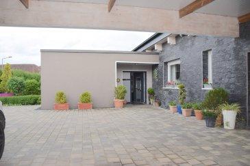 L'agence IMMOLORENA de Pétange a choisi pour vous cette splendide maison plein pied, insérée sur un terrain de 10 ares, située a FILLIÈRES (FR), à proximité immédiate des commerces et des transports , cette belle maison plein pied bénéficie d'un terrain de 1000 M2 sans vis à vis. - Hall d'entrée de 12 m2 donnant accès à la grande pièce de vie traversante avec cuisine ouverte de 96,23 m2. - L'espace nuit comprend une magnifique chambre parentale de 14 m2 avec dressing de 4,20 m2 et salle de douche privative de 8 m2 - Deux grandes chambres de 15,40 m2 et 15 m2, une magnifique salle de douche de 7,57 m2 et wc séparée de 1,73. - Une quatrième chambre ou bureau de n10,80 m2 donnant accès à la terrasse de 22,60 m2 et jardin de +- 200 m2   Surface utile 200 m2  - Grand garage de 29 m2  - Cellier et Buanderie.  - Carport pour 4 voitures.  CARACTERISTIQUES DE LA VILLA:   - Climatisation réversible - Chauffage au sol - Alarme intérieur et périphérique - Portail électrique - Porte de garage électrique - Portail électrique  À VOIR ABSOLUMENT!   Pas de frais d'agence pour le futur acquéreur  TAXE FONCIERE: 1200€/ANNUELLE TAXE D'HABITATION: 1200€/ANNUELLE    Pour tout contact: Joanna RICKAL: +352 621 36 56 40 Vitor Pires: +352 691 761 110   L'agence Immo Lorena est à votre disposition pour toutes vos recherches ainsi que pour vos transactions LOCATIONS ET VENTES au Luxembourg, en France et en Belgique. Nous sommes également ouverts les samedis de 10h à 19h sans interruption.