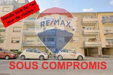 ***SOUS COMPROMIS*** RE/MAX, spécialiste de l'immobilier à Luxembourg, vous propose à la vente à MONDORF LES BAINS un appartement de 2 chambres avec de beaux volumes !  Situé dans une rue très calme à deux pas des thermes, d'une superficie d'environ 73 m² habitables, au troisième étage SANS ASCENSEUR d'une résidence en très bon état.  Il se compose de la manière suivante : Une entrée faisant découvrir un escalier amenant au niveau de l'appartement, un hall d'entrée de 10,5 m², une pièce de vie séjour/salle à manger d'env. 24 m² qui donne à un beau balcon d'env. 5 m² avec une belle vue, une cuisine équipée d'env. 9 m² qui donne à un deuxième balcon d'env.3 m² avec vue sur le garage, une chambre d'env. 15 m², la deuxième chambre d'env. 9 m²(chambre d'enfant ou bureau) et une salle de douche d'env. 6 m².  Ce bel appartement est aussi complété par une cave privative de 6 m² et un garage privatif d'env. 15 m² avec possibilité de stationnement devant le garage.  Caractéristiques supplémentaires :  -Fenêtres double vitrage 2013 -Cuisine équipée 2013 -Salle de douche rénovée en 2013 -Toit refait en 2019 -Façade voté et accordé pour rénovation en 2020 (frais au propriétaire actuel) -Chauffage à Mazoute 1993  -Charges mensuelles : 215 €/mois   Disponibilité dans un délai assez court.  La commission d'agence est incluse dans le prix de vente et supportée par le vendeur.  SIMOES Michael +352 691 680 986 michael.simoes@remax.lu Ref agence :5096327