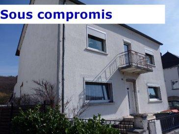 A proximité immédiate du Centre-Ville, rue de la Houve à CREUTZWALD. NOUS VENDONS : Une maison individuelle à fort potentiel sur sous-sol partiel ; Etablie sans mitoyenneté, elle offre sur une surface habitable de 183 m2 ; Avec la possibilité d'y faire deux appartements de 90 m2 environ, avec une entrée séparée ; En rez-de-chaussée : Un séjour de 30 m2  Une cuisine de 15,5 m2 Deux chambres de 15 et 13 m2 Salle d'eau et WC. A l'étage : Une cuisine de 17 m2 Trois chambres de 17 – 15 – 14 m2 Salle de bains et WC séparé. Avec aussi un garage pour deux places de stationnement, Une terrasse couverte et jardin.  ***Chauffage au gaz. ***Fenêtres PVC double vitrage, volets motorisés. ***Porte d'entrée PVC, récente. DISPONIBILITE A CONVENIR CONTACT : Jean-Luc MEYER – Agent commercial au 07 60 13 78 96 Ou l'agence au 03 87 36 12 24 Les frais d'agence sont à la charge de l'acquéreur.