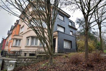 BELARDIMMO vous propose en mandat exclusif à la vente à Rodange une très belle maison de maître à rénover.<br><br>La maison, disposée sur 4 niveaux et libre de 3 côtés, a un potentiel énorme et peux convenir pour une grande famille ou pour une profession libérale.<br><br>Elle se dispose ainsi :<br><br>* RDC (hauteur 3 m):<br><br>- Hall d\'entrée<br>- Bureau<br>- Cuisine séparée<br>- WC séparé<br>- Living ( 69m² )<br><br>*  1er étage (hauteur 2.88 m) :<br><br>- hall<br>- cuisine fermée avec accès terrasse<br>- salle à manger<br>- 2 chambres à coucher<br>- débarras<br><br>* 2ème étage (hauteur 2.50 m) :<br><br>- hall<br>- salle de bain avec douche et WC (19 m²)<br>- 3 chambres<br><br> Combles  (hauteur 2.0 m): <br><br>- Pièce mansardée (23 m²)<br><br>En sous-sol surélevé, il y a :<br><br>- cave<br>- salle de chaudière<br>- garage pour 2 voitures ( 42,5 m²)<br><br>Un très grand jardin (terrain de plus de 9 ares) complète cet objet plutôt rare. <br><br>Les revêtements de sols sont majoritairement en bois (parquet), sinon partiellement en carrelage (cuisine)<br><br>Des travaux de rénovation ( fenêtre, sanitaire, chauffage et autres) sont à prévoir.<br><br>Pour toutes informations ou une éventuelle visite, veuillez vous adresser à Monsieur Belardi au +352 621367853. <br><br><br><br> <br> <br><br><br><br> <br><br>
