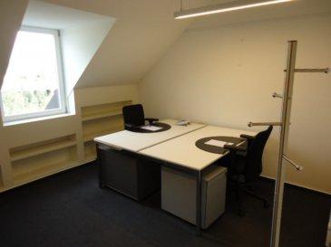A louer dans un business center, une bureau meublé d'une surface de 18m2 pouvant accueillir 2 postes de travail.  Service à la carte!!! Un devis personnalisé vous sera élaboré sur demande.
