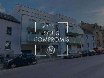 -SOUS COMPROMIS-  Manso Immo vous propose un beau appartement , dans une résidence de 13 unités, construit en 2016 et se compose comme suit: -Hall d'entrée -Cuisine Equipée donnant accès à un balcon -Débarras -Salle de douche avec wc -2 Chambres à coucher dont une avec un balcon -Emplacement Intérieur donnant sur une grande cave privative de 9m2 Informations du bien : -Ascenseur  -Faibles Charges de 120€ par mois. -Surface habitable 55m2  Aucuns travaux à prévoir dans la résidence .  Les prix affichés s'entendent frais d'agence inclus de 3% + 17%TVA. Les honoraires d'agence sont à charge des vendeurs.  Pour plus d'informations ,photos ou convenir d'un rendez-vous , vous pouvez nous contacter au : +352 621736644 // +352 661199021 // info@mansoimmo.lu  Prix : 479.000 €