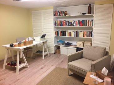 Bureau individuel en co-location avec 2 autres bureaux dans une maison individuelle Rénové récemment Espace salle d'attente commun WC commun WIfi fibre Renseignements 621282341