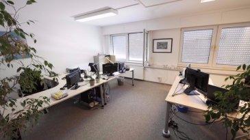 Plateau de bureaux à louer à la Cloche d'Or, emplacement rare!  Situé au 6 Rue Henri M. Schnadt L-2530 Luxembourg, le plateau complet offre une surface totale de 233 m2, pour 20-25 personnes. Le plateau se compose comme suit:  - 1 salle de conférence de 33.55 m2 - 1 salle de conférence de 34.80 m2 - 1 bureau de 9.52 m2 - 1 bureau de 9.23 m2 - 1 bureau de 17.73 m2 - 1 bureau de 26.88 m2 - 1 bureau de 15.66 m2 - 1 bureau de 16.11 m2 - 1 local archive (le mobilier reste en place) - 1 salle serveur au Rez-de-Chaussée, climatisé, accès par escalier interne - 1 toilette dames -1 toilette hommes - 1 cuisine équipée - 1 restaurant italien au Rez-de-Chaussée :-) 5 places de parking dans l'enceinte du bâtiment sont disponibles  Services: Salle de conférence a disposition Relève du courrier  Disponibilité: 1er juillet 2018 Contrat de bail: 3 années à discuter Loyer: 4 200.00 euros HTVA + TVA 17% (récupérable déclaration d'option) Charges: environ 200.00 euros HTVA / par mois suivant consommation  Les bureaux sont tous équipés avec Internet, prises murales, moquette au sol, fenêtres a double vitrage, alarme Votre personne de contact est M. Rogowski Yves: 00352 26 36 26 94 ou par e-mail: info@house-invest.lu