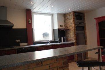 RE/MAX  Partners Plus à Belval vous invite à découvrir à Villerupt (Cantebonne) cette charmante maison de village offrant 130 mètres carré habitables pour une surface totale de plus de 200 mètres carrés. Au rez de chaussée vous y trouverez une jolie cuisine équipée – un vaste séjour – un salon  - une salle de bain : le tout dans un harmonieux mélange de bois et de pierre. A l'étage vous découvrirez quatre chambres dont une équipée d'une salle de bain privative avec WC. Une cave et un grand garage pouvant accueillir deux voitures – une buanderie avec coin cuisine ainsi qu'un grand grenier complètent le tout. Une cour à l'abri des regards et environ 10 mètres carrés de terrain finiront de vous charmer. Aucun travaux à prévoir : habitation équipée en double vitrage – chaudière récente au gaz de marque Buderus – porte de garage automatisée. A visiter sans tarder. Tél : (00352) 691 120 289