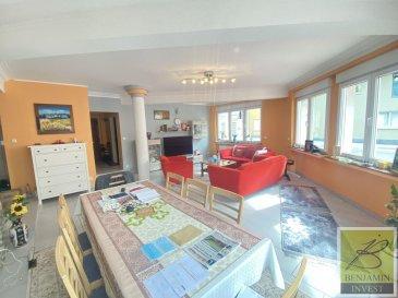 Appartement lumineux au rez-de-chaussée avec une surface habitable de 92 m2 qui se compose comme suit :  - Hall d'entrée - Living - Cuisine équipée ouverte  - 2 chambres à coucher - WC séparé - Salle de bain - Cave - Buanderie  L'appartement se situe à une minute de la zone piétonne et du centre de Bonnevoie.  Pour tout complément d'information, n'hésitez pas à nous contactez par téléphone au 28 77 88 22. Nous sommes également disponibles pour organiser les visites le samedi !  Nous sommes, en permanence, à la recherche de nouveaux biens à vendre (des appartements, des maisons et des terrains à bâtir) pour nos clients acquéreurs. N'hésitez pas à nous contacter si vous souhaitez vendre ou échanger votre bien, nous vous ferons une estimation gratuitement. Ref agence : 217