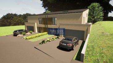 Nouvelle construction de 2 maisons jumelées, en situation très agréable, en pleine verdure et au calme!<br>Maison de droitee: La surface nette habitable (Intra muros) est de 163.55m2, la surface utile totale est de 248.73m2.<br>Description:<br>Niveau 0: Hall d\'entrée, WC séparé, vestiaire spacieux, garage pour 2 voitures. Accès direct du garage vers la terrasse et au jardin<br>Niveau+0,5: Grand séjour faisant 42.5m2, débarras de 3.6m2, accès à la terrasse plein pied de 35m2 (avec débarras de 3m2), jardin orienté vers l\'ouest.<br>Niveau +1: suite parentale comprenant chambre, dressing et salle de bain.<br>Niveau+1.5: 2 chambres spacieuses et salle de douche.<br><br>Plans, descriptif et vidéo animée sur demande.<br><br>La construction sera réalisé par REAL CONSTRUCTIONS sàrl de Rédange, un constructeur d\'une renommée irréprochable.  <br><br>Le prix affiché comprend la TVA 3%/17%; sous réserve d\'acceptation par l\'Administration de l\'Enregistrement et suivant les dispositions du règlement grand-ducal du 30 juillet 2002.<br><br>Ospern est situé à 3 km de Rédange avec tout commerce, Lycée, centre médicale, etc.