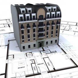 *** COUP DE CŒUR ***   En plein centre de Rumelange, HT immobilier vous propose ce local d'exception avec logement.  L'immeuble contient un restaurant de plus ou moins 150m2 au rez-de-chaussée de 70 places, avec une cuisine et un bar. Une grande terrasse est aussi disponible à l'arrière du bâtiment.    Au 1er étage, vous trouverez un bel espace de 150m2 avec 4 chambres !  Au second étage un deuxième appartement de 90 m2 environ avec 2 chambre et un salle de bain, cuisine et salon  Des combles de +/- 80 m2 sont également partiellement aménagés.