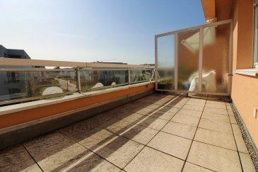 Immomod S.A. vous propose en location un grand appartement à Luxembourg-Limpertsberg.  L'appartement se trouve dans un quartier réputé et très calme, proche de toutes les commodités.  Il se compose de 3 ch. à c., un grand living avec la terrasse, une cuisine séparé, une cave et un garage.  Disponible : 1.02.2020  Veuillez envoyer vos dossiers sur : stas.immomod@gmail.com