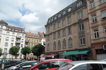 Studio Meublé - 15m2 - Strasbourg Foret Noire.  Studio meublé 15m2 . A proximité de toutes les commodités, à deux minutes de l\'arrêt de tram \'Observatoire\', proche de l\'EM de Strasbourg et des facultés, beau et agréable studio de 15 m2 au 3ème étage sans ascenseur - Il comprend une entrée, un séjour/chambre avec bureau, une kitchenette équipée avec plaques de cuissons et réfrigérateur, une salle d\'eau avec douche et WC. Chauffage individuel électrique. <br> Loyer : 415EUR / mois charges comprises dont 30EUR de forfait pour charges. Dépôt de garantie: 770EUR. Honoraires charge locataire : 195EUR TTC (état des lieux compris) dont 45EUR TTC pour état des lieux. HEBDING IMMOBILIER 03 88 23 80 80 ,