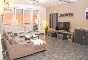 Immo Nordstrooss vous propose un bel appartement lumineux de +/- 65m² en plein coeur de Grevenmacher.<br><br>L\'appartement se trouve au 2ième étage d\'une résidence à 11 unités et se situe à deux pas de toutes commodités (écoles, supermarchés, pharmacie, gare d\'autobus, zone piétonne, commune, restaurants, ..etc.) <br><br>La résidence est équipée d\'un ascenseur et se trouve actuellement dans un bon état.  <br><br>Le bien est composé comme suite : <br>- Entrée avec armoire encastrée <br>- Living spacieux avec accès sur balcon <br>- Cuisine équipée ouverte sur living <br>- Garde-manger <br>- 1 chambre à coucher avec accès sur balcon <br>- 1 salle de douche avec WC et lavabo <br>- 1 balcon de - 6m² <br>- 1 grenier privé  <br><br>Situation : <br>- à 2 km de l\'autoroute <br>- à 15km de Trèves <br>- à 28 km de Luxembourg-Kirchberg <br><br>Pour plus de renseignements veuillez nous contacter au 691 450 317.<br>