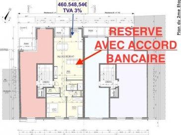 Votre agence IMMO LORENA de Pétange vous propose dans une résidence contemporaine en future construction de 8 unités sur 3 niveaux située à Pétange, 110, route de Luxembourg, appartement de 82.73 m2 décomposé de la façon suivante:  - Un hall d'entrée  - Un double living de 39,26 m2 avec cuisine ouverte donnant accès à la terrasse de 4,17 m2 - Un WC séparé de 1,40 m2 - Une chambre de 13,63 m2 - Une deuxième chambre de 10,25 m2  - Une salle de douche de 5,85 m2 - Un rangement de 2,11 m2  - Une cave privative, un emplacement pour lave-linge et sèche-linge au sous sol. Possibilité d'acquérir un emplacement intérieur (28.840 €)TTC 3%  Cette résidence de performance énergétique AB construite selon les règles de l'art associe une qualité de haut standing à une construction traditionnelle luxembourgeoise, châssis en PVC triple vitrage, ventilation double flux, radiateurs, video - parlophone, etc... Avec des pièces de vie aux beaux volumes et lumineuses grâce à de belles baies  Ces biens constituent entres autre de par leur situation, un excellent investissement. Le prix comprend les garanties biennales et décennales et une TVA à 3%. Livraison prévue juin 2022.  1,5% du prix de vente à la charge de la partie venderesse + 17% TVA Pas de frais pour le futur acquéreur   VOIR ABSOLUMENT!  Pour tout contact: Joanna RICKAL: 621 36 56 40  Vitor Pires: 691 761 110  Kevin Dos Santos: 691 318 013  L'agence Immo Lorena est à votre disposition pour toutes vos recherches ainsi que pour vos transactions LOCATIONS ET VENTES au Luxembourg, en France et en Belgique. Nous sommes également ouverts les samedis de 10h à 19h sans interruption.