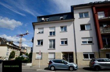 Immo Camilo vous propose  Appartement 3 chambres à Luxembourg-Bonnevoie+/- 102m2, divisée en deux logements individuels. Appartement au 4ème étage de 62.70 m2 et studio de 39.54 m2 situé au 5ème étage, avec ascenseur. Appartement: 2 ch.à.c, living, cuisine, sdb, cave, emplacement extérieur  Studio: 1 pièce avec cuisine et salle de bains séparés.  Les deux logements forment 1 unité (1numéro cadastral) et ne sont pas vendables séparément   Vitrages doubles en PVC, chauffage au gaz  Loyer mensuel 1500 euros et  900 euros  Proximité école, crèche, commerce, transports, étc.  N'hésitez pas à nous contacter pour la mise en vente de votre bien immobilier. Pour plus de renseignements, contacter Mme. TEIXEIRA au GSM : +352 621 259 311