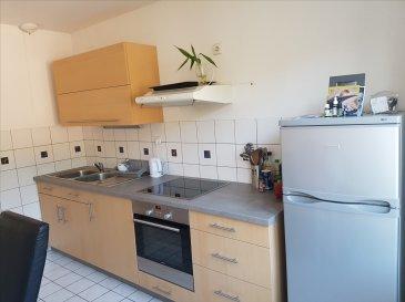 AU CENTRE VILLE, BEL F4 EN DUPLEX COMP: Cuisine équipée ouverte sur séjour, cellier, 2 wc, salle d\'eau et 3 chambres. Cave.