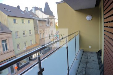 ENGLISH DESCRIPTION BELOW  Superbe appartement dans une résidence de 2015 avec ascenseur et emplacement de stationnement à vendre en plein cente de Differdange!  Localisation : Rue J F Kennedy à Differdange  L'appartement se distingue comme suit :  Un grand salon / salle à manger avec accès à la terrasse Une cuisine entièrement équipée et ouverte sur le salon / salle à manger 3 Chambres à coucher Une salle de bain avec baignoire Un sanitaire séparé avec urinoir Un hall de jour et de nuit Une cave Un emplacement de stationnement intérieur (park-lift) Une buanderie commune  L'appartement dispose de matériaux de haut standing et de nombreux extras par rapport au cahier de charges initial.  Atouts de cet appartement : Ascenseur / Résidence récente / Sous garantie décennale / Proche de toutes commodités / École internationale à proximité / Aucuns travaux à prévoir  Visites et informations, contactez : Correia Brice / 691.84.39.55  ENGLSIH DESCRIPTION :  Superb apartment in a 2015 residence with elevator and parking space for sale in the heart of Differdange !  Localisation : Rue J F Kennedy in Differdange  The apartment stands out as follows:  A large living / dining room with access to the terrace A fully equipped kitchen open to the living / dining room 3 Bedrooms A bathroom with a bath A separate toilet A hall of day and night A cave An indoor parking space (park-lift) A common laundry room  The apartment has high quality materials and many extras compared to the initial specifications.  Benefits of this apartment : Lift /  residence Recent / Under ten-year warranty / Close to all amenities / International school nearby / No work required  Visits and information, contact: Correia Brice / 691.84.39.55