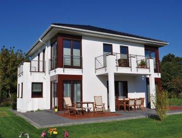 Energiespar-Haus Potsdam   Wohnfläche: 160m²  Hausgröße:  9,95m  x 9,95m    WICHTIG: Das abgebildete Haus ist ein Planungsbeispiel. Abweichungen können sich ergeben