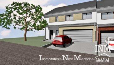 Belle maison (Lot 11) de +/- 145 m2 (Ecopass: BB) prochainement en construction sur un terrain de +/- 5,10 ares offrant au: Sous-sol: hall d'entrée (de +/- 11 m2), cave (de +/- 10 m2), buanderie (de +/- 15 m2), chaufferie (de +/- 16 m2), remise (de +/- 4 m2); Rdch: hall, wc séparé, cuisine non équipée ouverte sur séjour/ salle à manger (de +/- 48 m2) donnant accès à une terrasse spacieuse (de +/- 31 m2), débarras séparé (de +/- 3 m2), garage pour 2 voitures, emplacement parking extérieur devant la maison; 1er étage: hall d'entrée (de +/- 7 m2), débarras (de +/- 6 m2), 3 chambres spacieuses (de +/- 15 à 17 m2) dont 1 chàc avec accès à un dressing séparé (de +/- 7 m2) et accès à une salle de douche séparée (de +/- 6 m2), bureau (de +/- 11 m2), salle de bains (de +/- 6 m2). Situation calme et ensoleillée à proximités de toutes les commodités quotidiennes. Folschette se trouve à environ 25 minutes de Mersch et d'environ 40 min de Luxembourg-Ville. Le prix affiché s'entend HTVA sur la part constructions à réaliser. GARANTIE DECENNALE.  Ref agence :882380