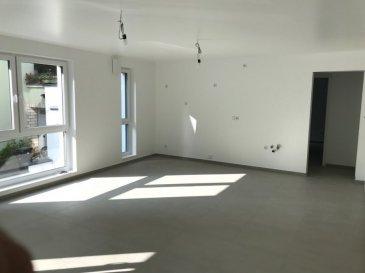 Fis Immobilière vous présente un appartement. Appartement 1, de +ou- 75m2 habitable avec 2 chambres à coucher, une salle de douche avec lavabo et WC et douche italienne, salon de +/- 31.33m2, deux terrasses de +/- 10.53 m2 et de +/- 3.02m2, une cave privative, et une buanderie commune. !!!!!!!TVA Récupérable jusqu'à 50.000€!!!!!!!! Demander plus d'infos Pour tout renseignement veuillez nous contacter au (+352 621 278 925)
