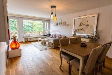 Veuillez contacter Philippe Mélard pour de plus amples informations : - T : +352 661 405 446 - E : philippe.melard@remax.lu  RE/MAX Luxembourg, Spécialiste de l'immobilier à Luxembourg, vous propose ce magnifique appartement lumineux et très spacieux de 74 m², avec 1 grande chambre à coucher, 1 chambre / bureau, 2 balcons, WC séparé, 1 salle de bain, une cave et un garage fermé. L'appartement se situe au 3? étage d'une résidence parfaitement entretenue construite en 1961. La façade vient d'être refaite.  Idéalement situé face au parc de Merl-Belair, proche de toutes les commodités comme les commerces, les transports publics, écoles, pharmacies, banques, etc. On se trouve à seulement à 10 minutes du Centre-Ville. Loyer : 1900 € Charges : 180 € / mois  Caution : 3800 €  Disponibilité : 14 décembre 2020   Visite virtuelle : https://bit.ly/2DADVFI  Frais d'agence RE/MAX : 125 % du montant loyer à la charge du locataire + TVA