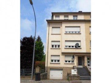 Appartement situé au dernier étage dans une petite résidence à Luxembourg-Hollerich. Situation calme  L'appartement est composé comme suit: • Extérieur : cour en commun • Sous-sol : cave privative (2,69 m²), buanderie en commun, local technique avec chaudière au gaz • 3e étage : Hall d'entrée (5,69 m²), living (19,08 m²), cuisine équipée (10,82 m²), salle de bains (3,83 m²), chambre n°1 (12,34 m²), chambre n° 2 (16,01 m²) • 4e étage : accès au grenier avec jouissance exclusive  Pas de parking, pas d'ascenseur.  Les charges sont fixés à 165 EUR/mois.  Disponible à l'acte notarié.