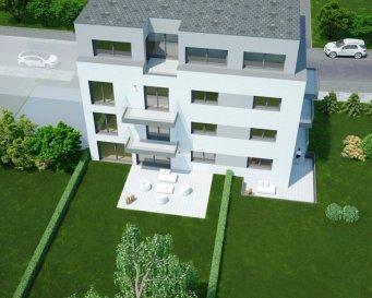 Dernier Appartement  Nouvelle résidence au Kirchberg-Weimershof  La résidence Ambre se trouve à 137, rue des Muguets, L-2167 Luxembourg.  Elle se compose de 7 appartements, de 48 m2 à 101 m2, de 1 à 3 ch. à c.  L'appartement se trouve au rez-de-chaussée, il se compose de 2 ch. à c., une terrasse de 14,35 m2 et jardin de 113 m2.  Les prix affichés avec la TVA de 3% (sous condition d'acceptation de votre dossier par l'administration de l'enregistrement et des domaines).  Une cave est inclus dans le prix.  Les parking intérieur sont à partir de 70 000 € TVA 3 %.  Livraison : 3ième trimestre 2020  Le quartier Kirchberg est une place exceptionnelle, les résidants pourront accéder à leur lieu de travail, des espaces culturels, sportifs, et commerciaux à pied, vélo, bus ou tram.  N'hésitez pas à nous contacter pour tous autres détails au 691 143 040.