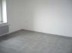 VILLERUPT : Pour investisseurs ! Dans un petit immeuble un F2 loué 460 €/mois comprenant une cuisine, un salon, une chambre, une salle de douche, une cave, une place de parking et un jardinet.  En plus un studio rénové loué 170 €/mois.